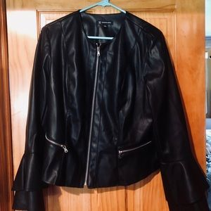 NWOT UNIQUE Leather jacket with ruffle sleeves